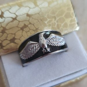 American Eagle sz 8 NWTs Ring